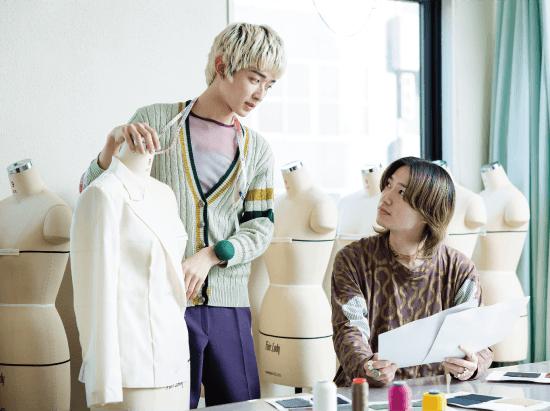 アパレル系 いつも服のこと考えたいからアパレル企業で活躍するぞーっ。